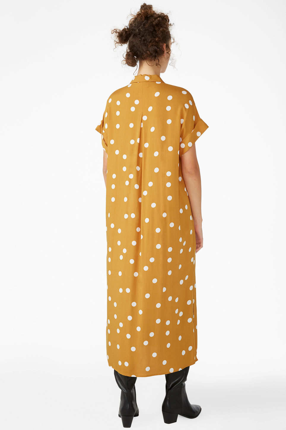 Model back image of Monki long shirt dress in yellow