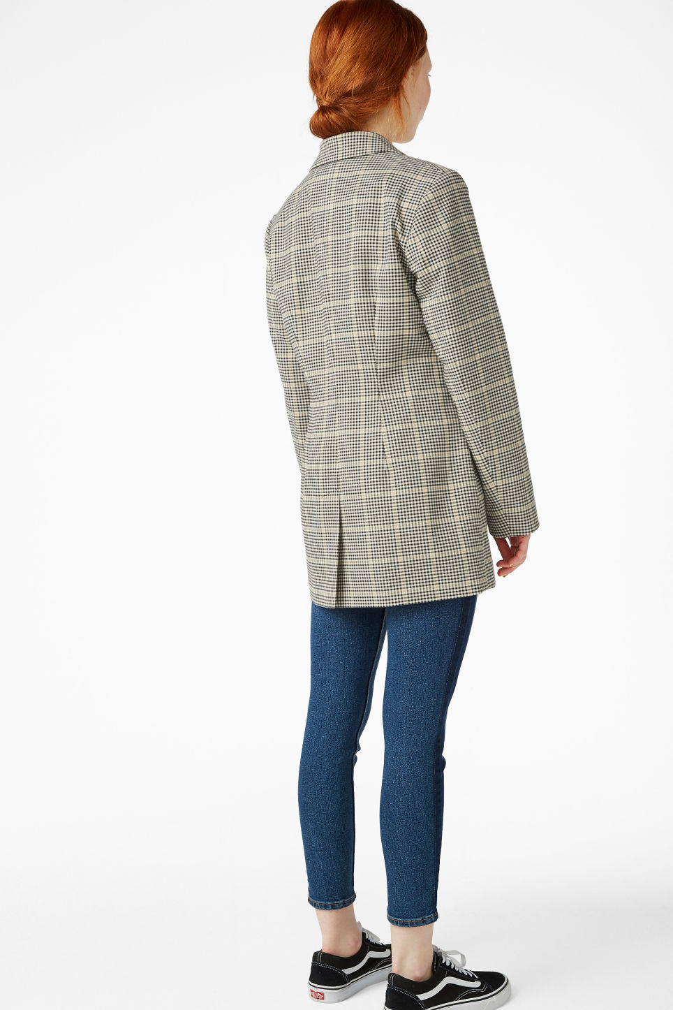 Model back image of Monki double-breasted blazer in beige