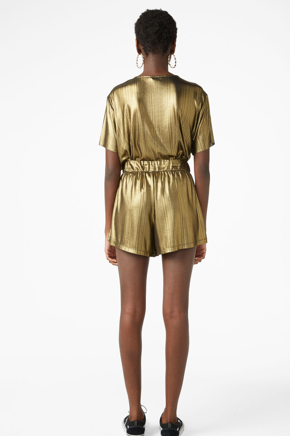 Model back image of Monki flowy shorts in gold