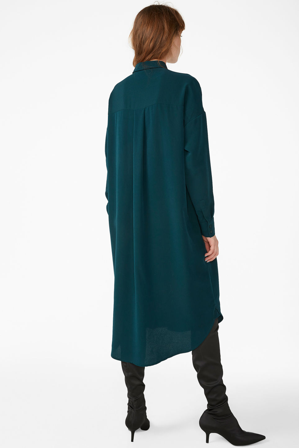 Model back image of Monki long hidden button dress in green