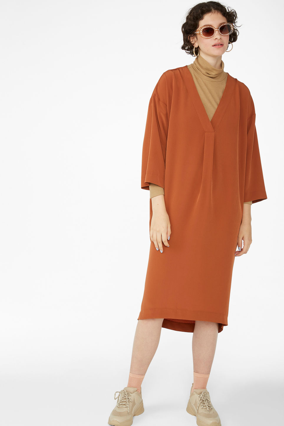 Model front image of Monki oversized v-neck dress in orange