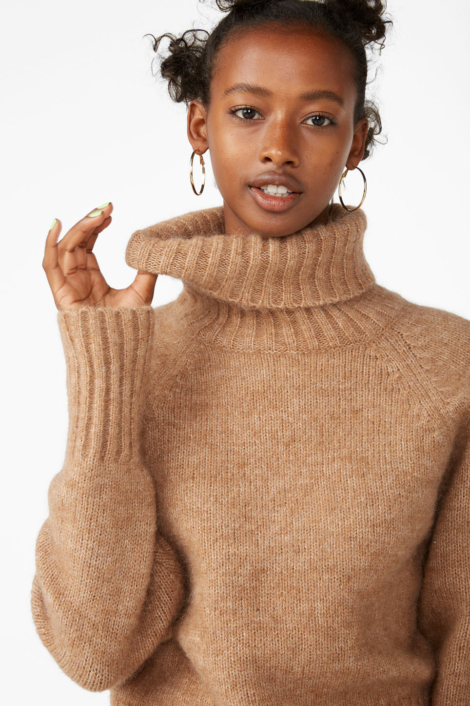 Model front image of Monki raglan knit top in beige