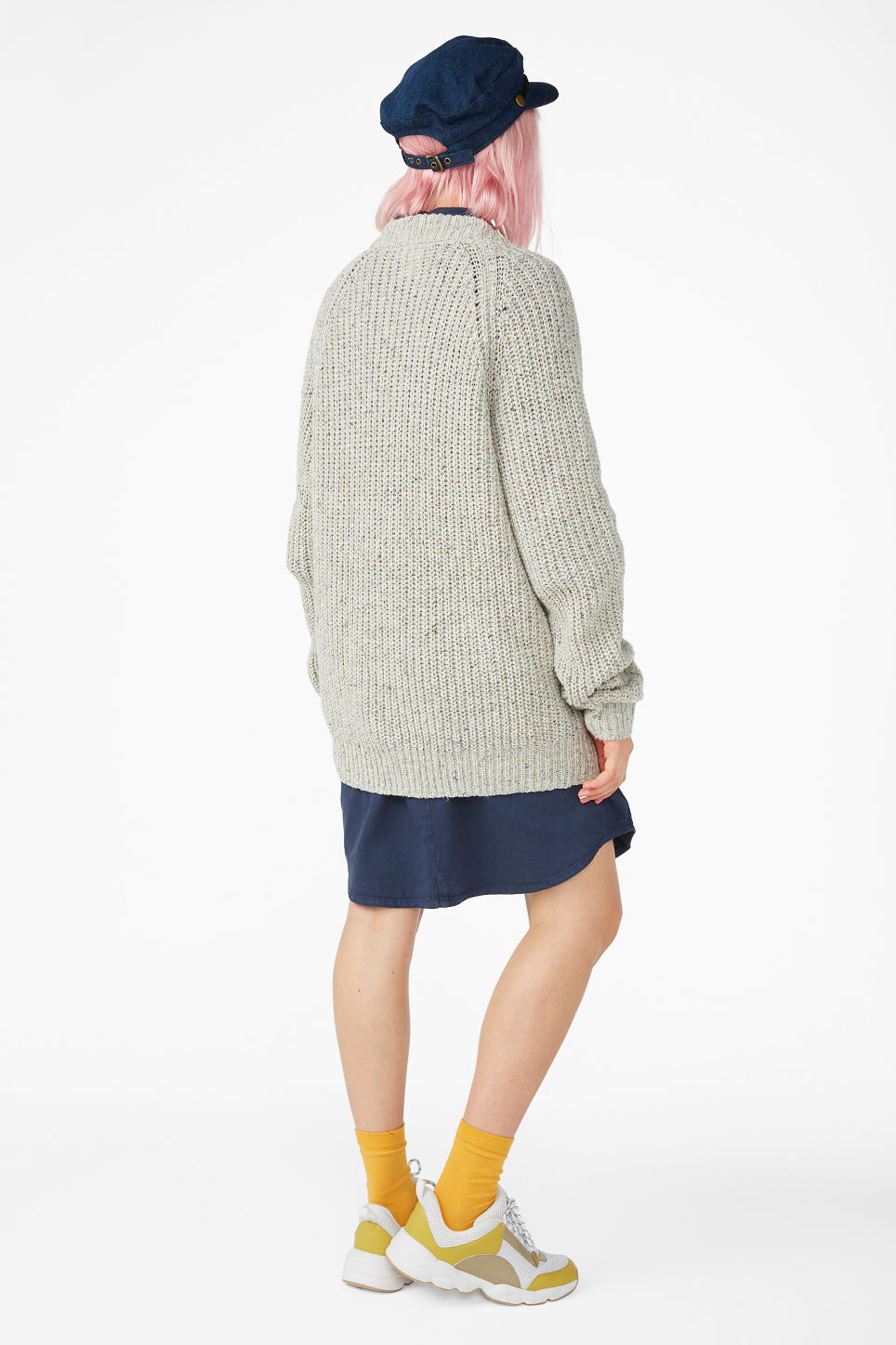Model back image of Monki oversized chunky cardigan in grey