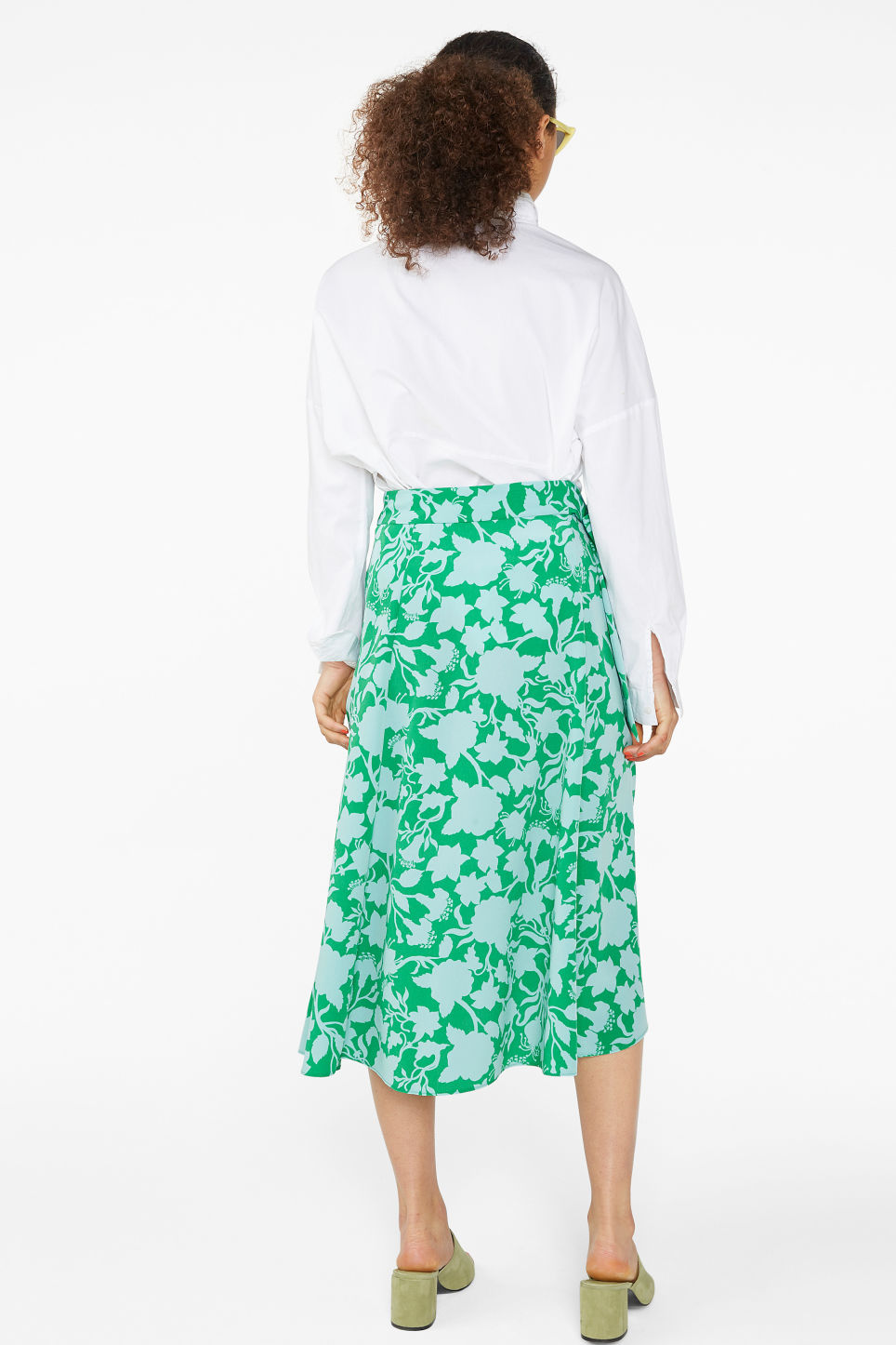 Model back image of Monki wrap front skirt in green