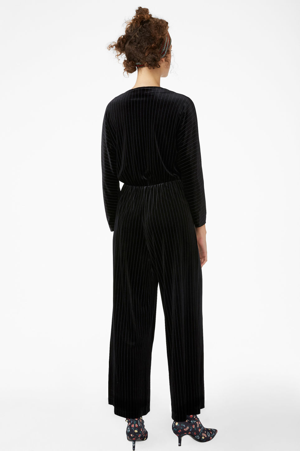 Model back image of Monki wrap jumpsuit in black