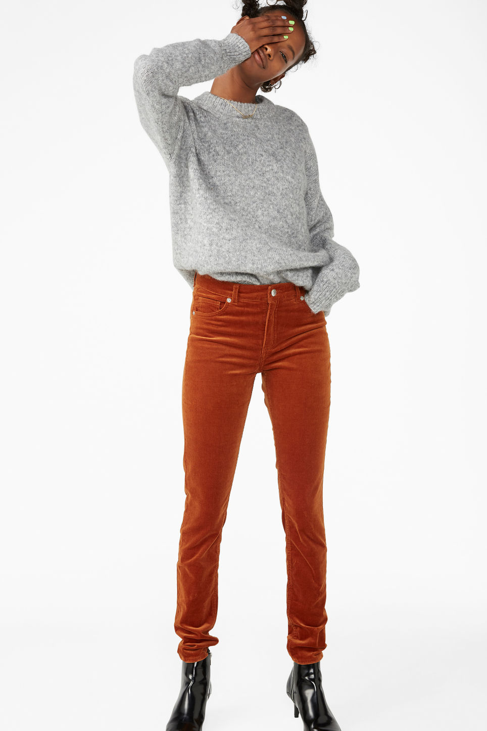 Model front image of Monki corduroy trousers in orange