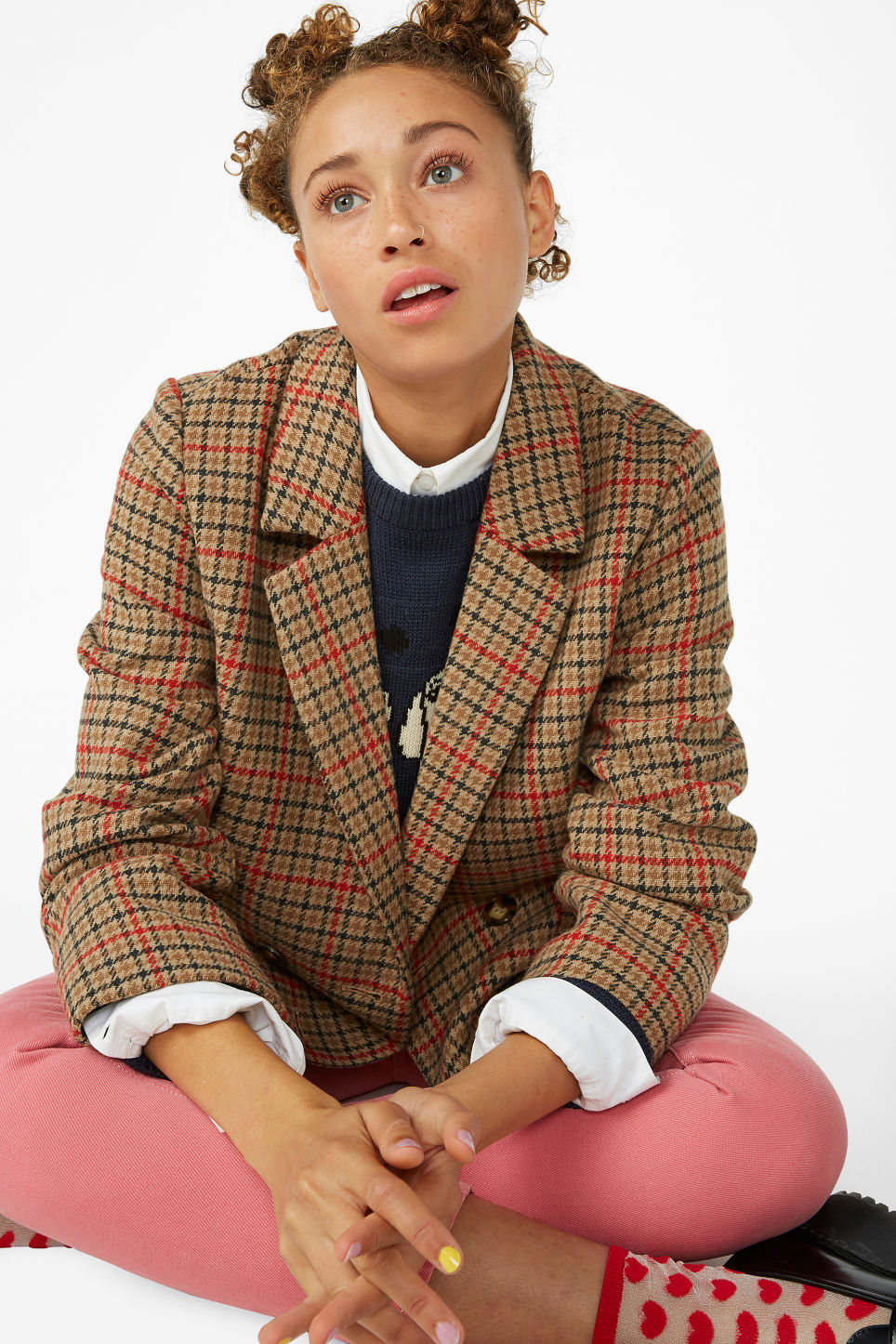 Model front image of Monki checked blazer in beige
