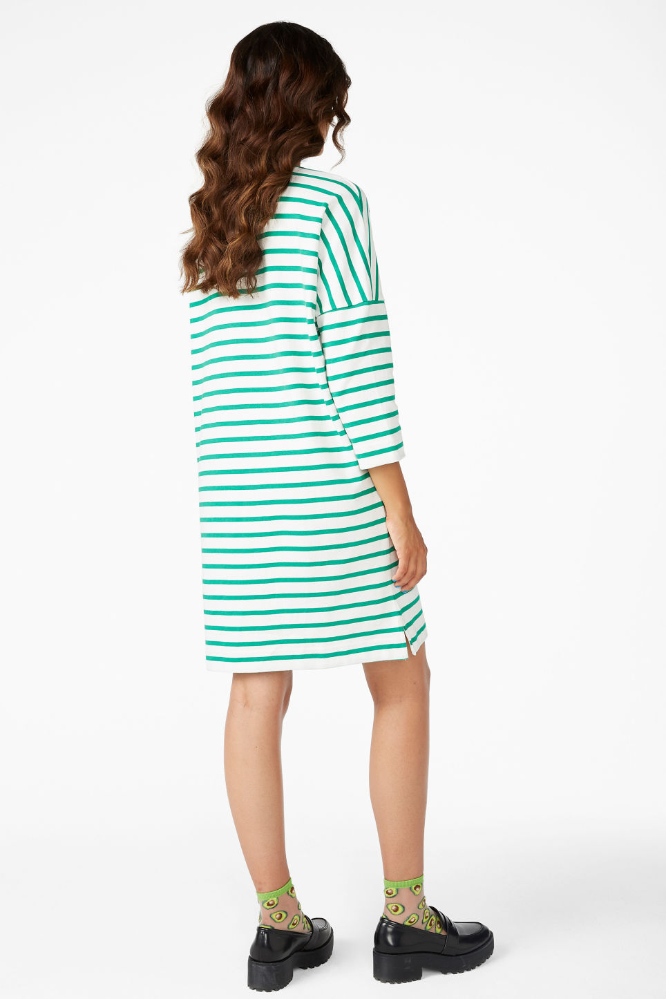 Model back image of Monki cotton dress in green