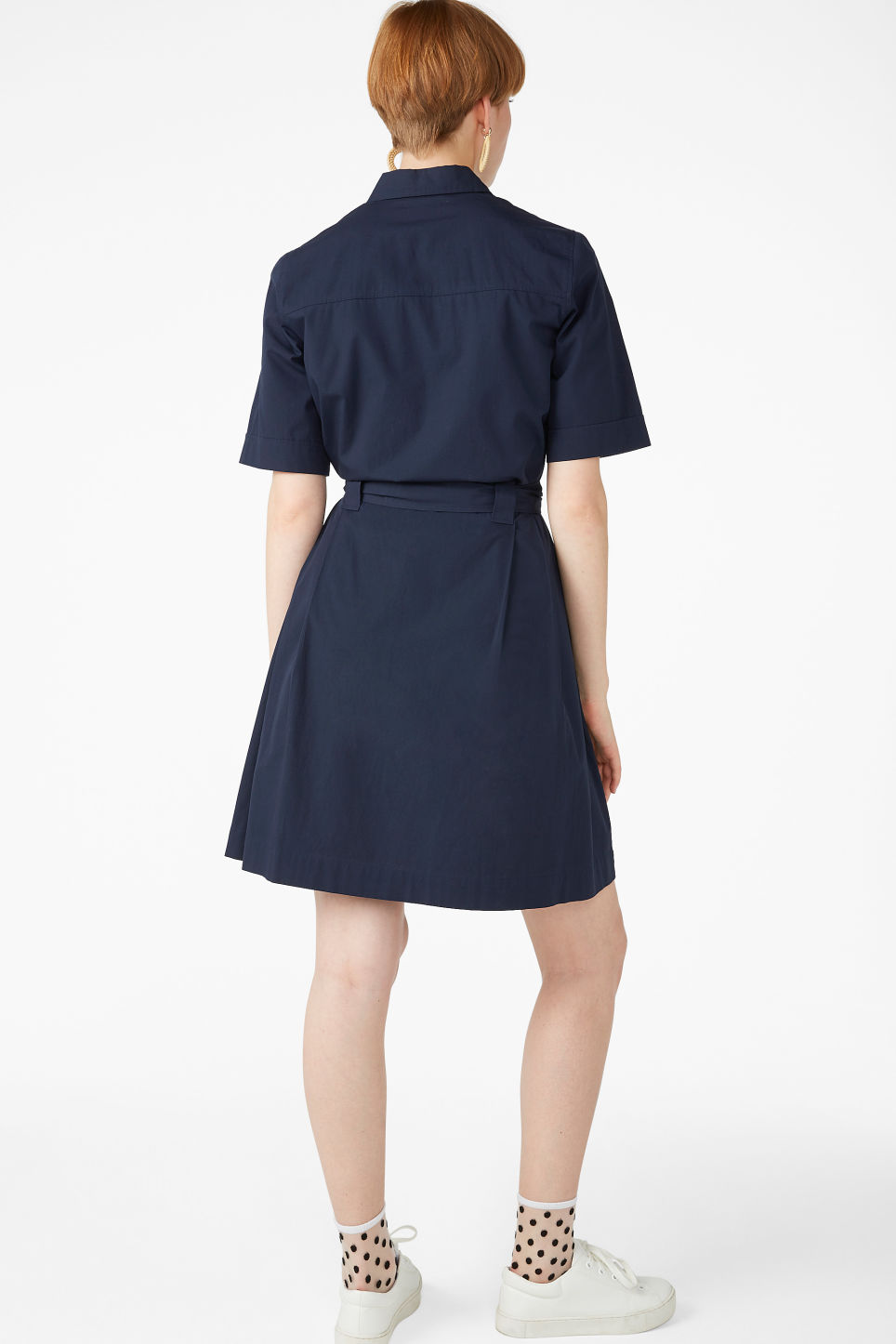 Model back image of Monki tie-waist shirt dress in blue