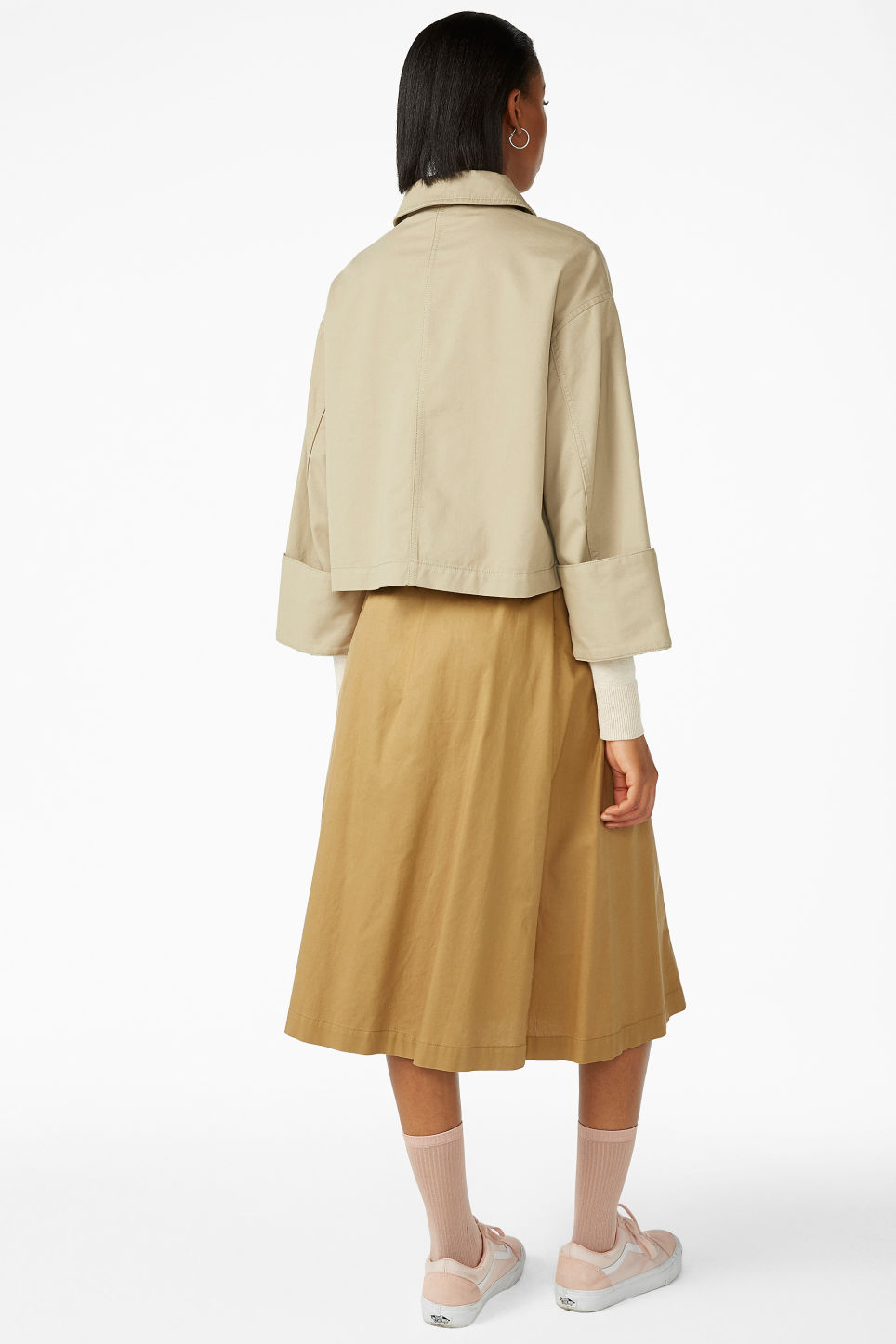 Model back image of Monki boxy utility jacket in beige
