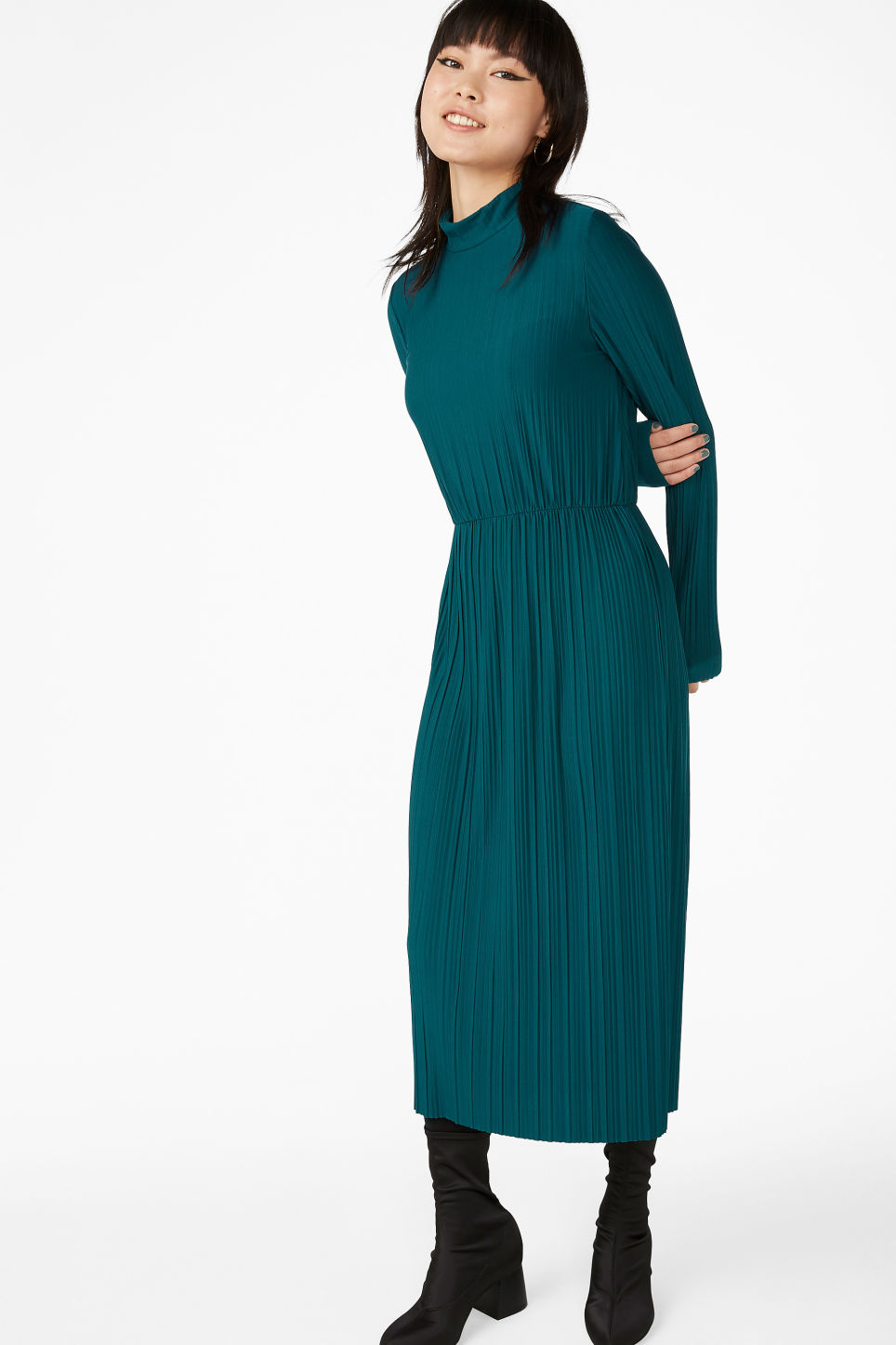 Model front image of Monki creased turtleneck dress in green
