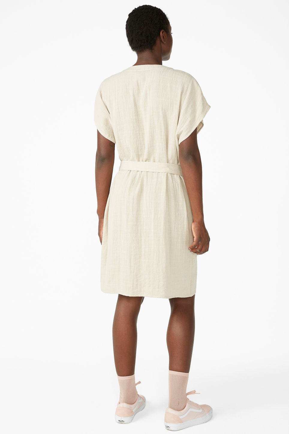 Model back image of Monki flowy sleeveless dress in beige