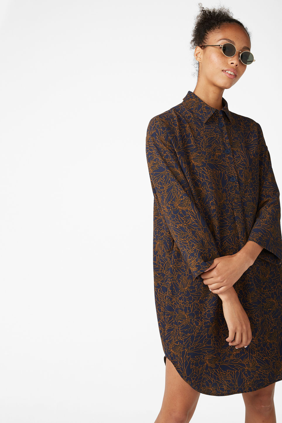 Model front image of Monki classic wide shirt dress  in blue