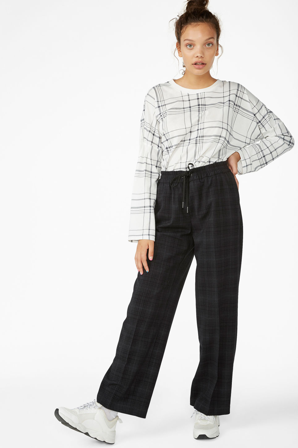 Model front image of Monki sporty trousers in black