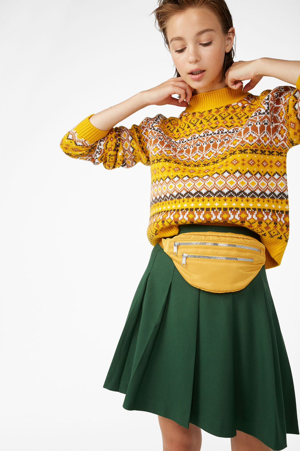 Model front image of Monki pleated skirt in green