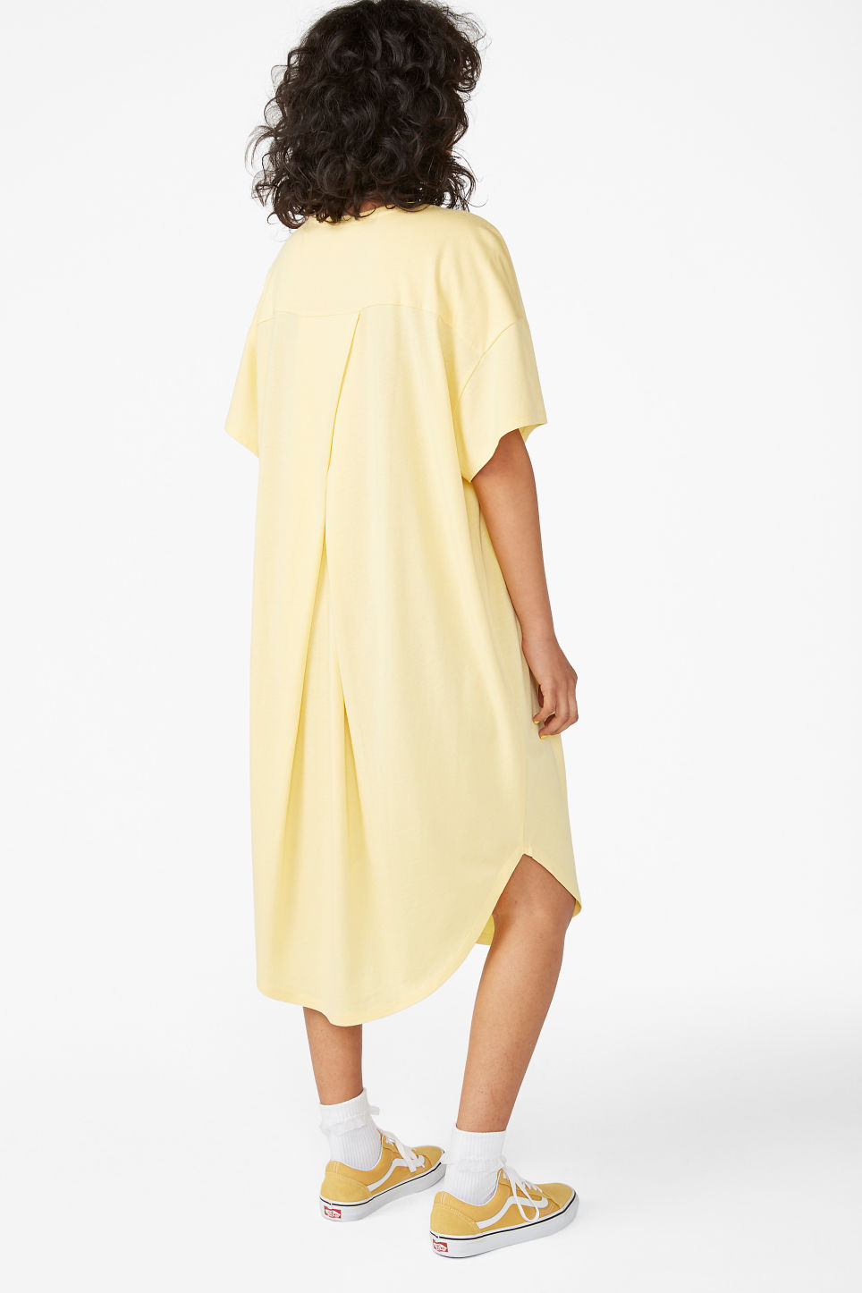 Model back image of Monki oversized t-shirt dress in yellow