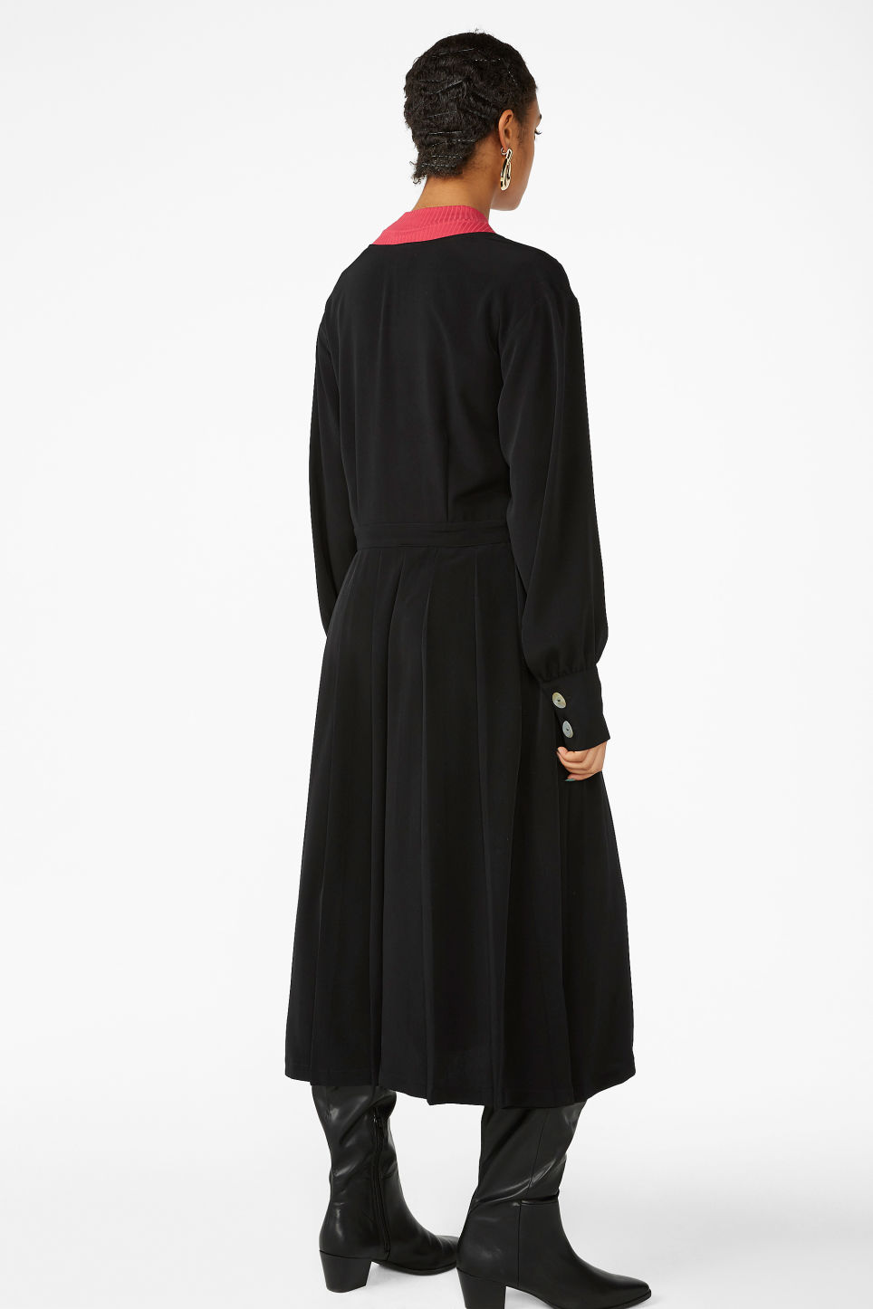 Model back image of Monki double-breasted wrap dress in black