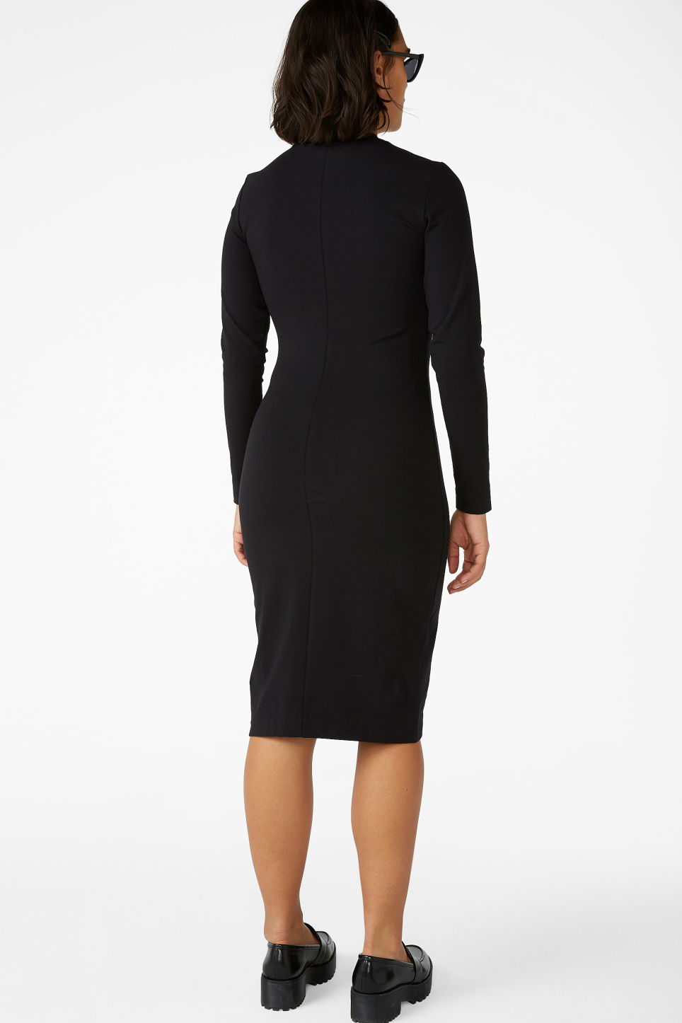 Model back image of Monki long-sleeve bodycon dress in black