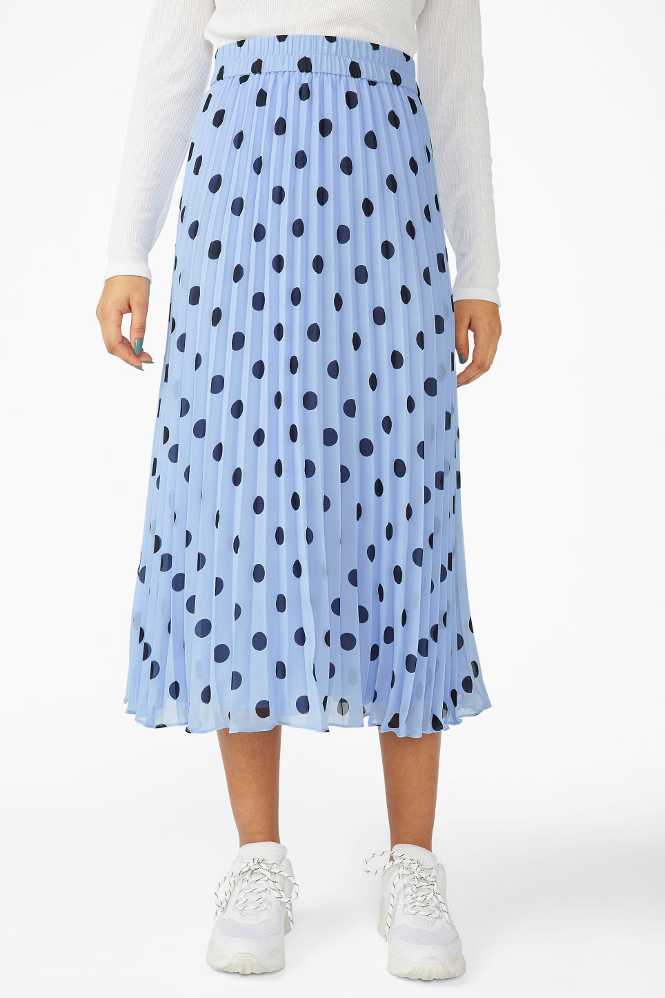Model side image of Monki pleated midi skirt in blue