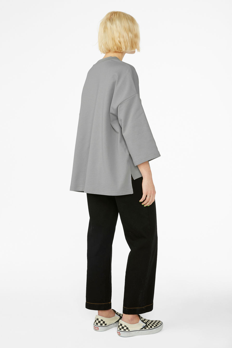 Model back image of Monki boxy sweatshirt in grey