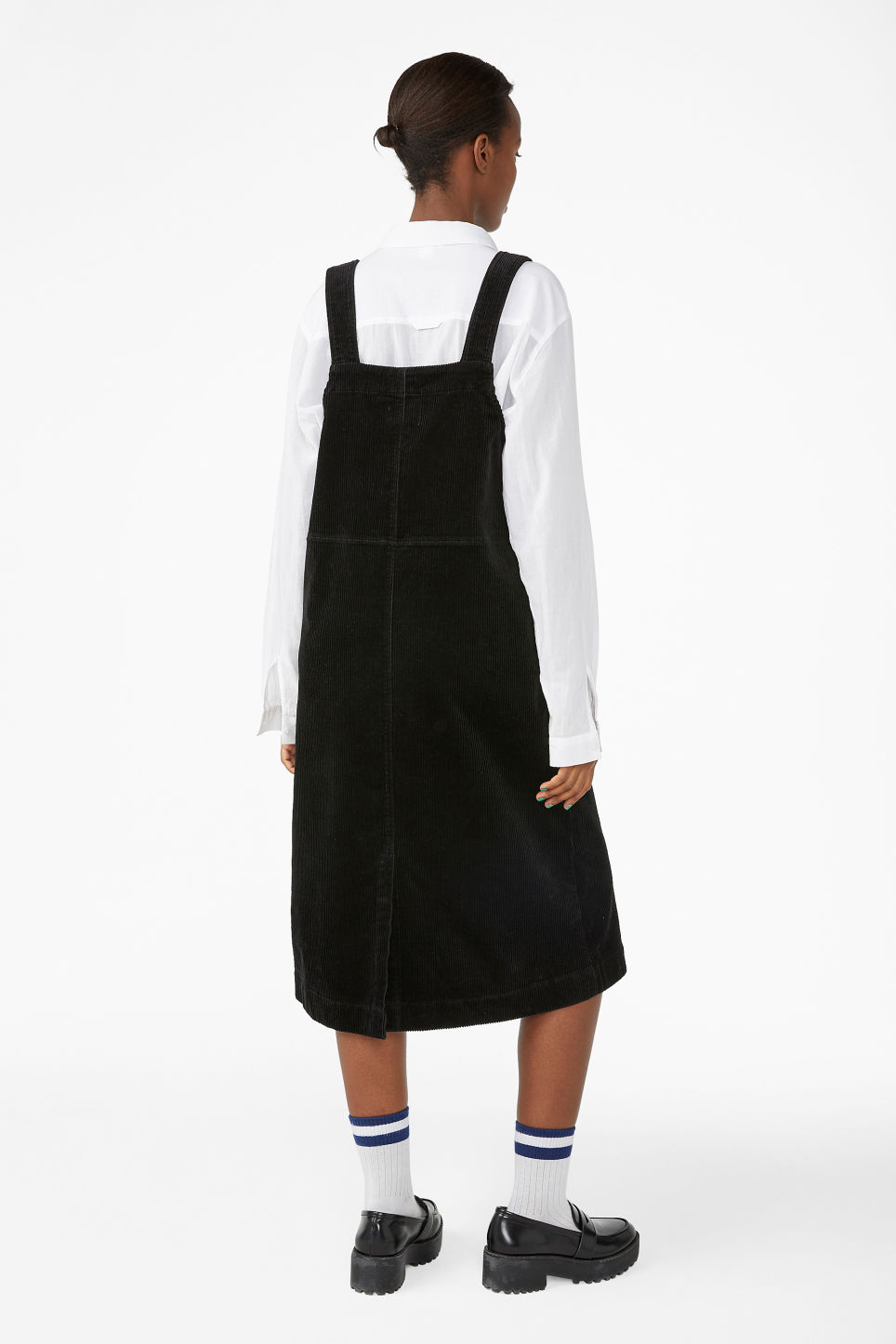 Model back image of Monki corduroy dress  in black