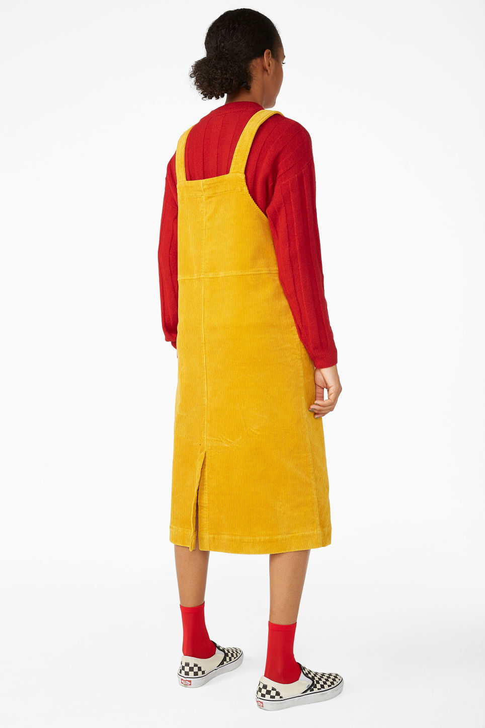 Model back image of Monki courdoury dress  in yellow