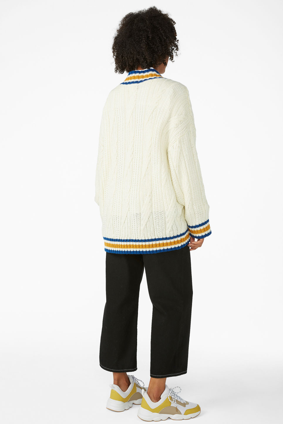 Model back image of Monki knitted contrast sweater in white