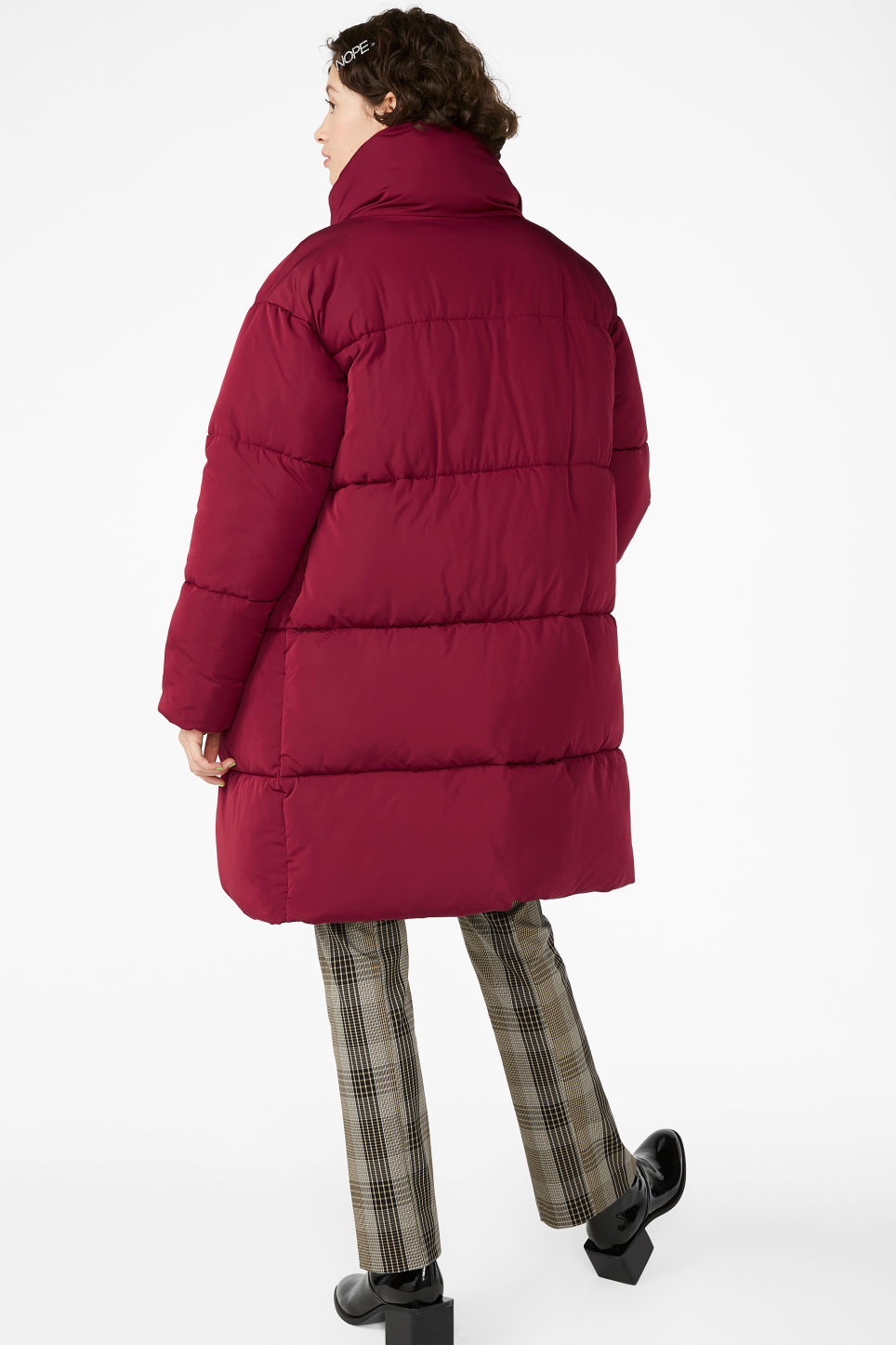 Model back image of Monki long puffer coat in red