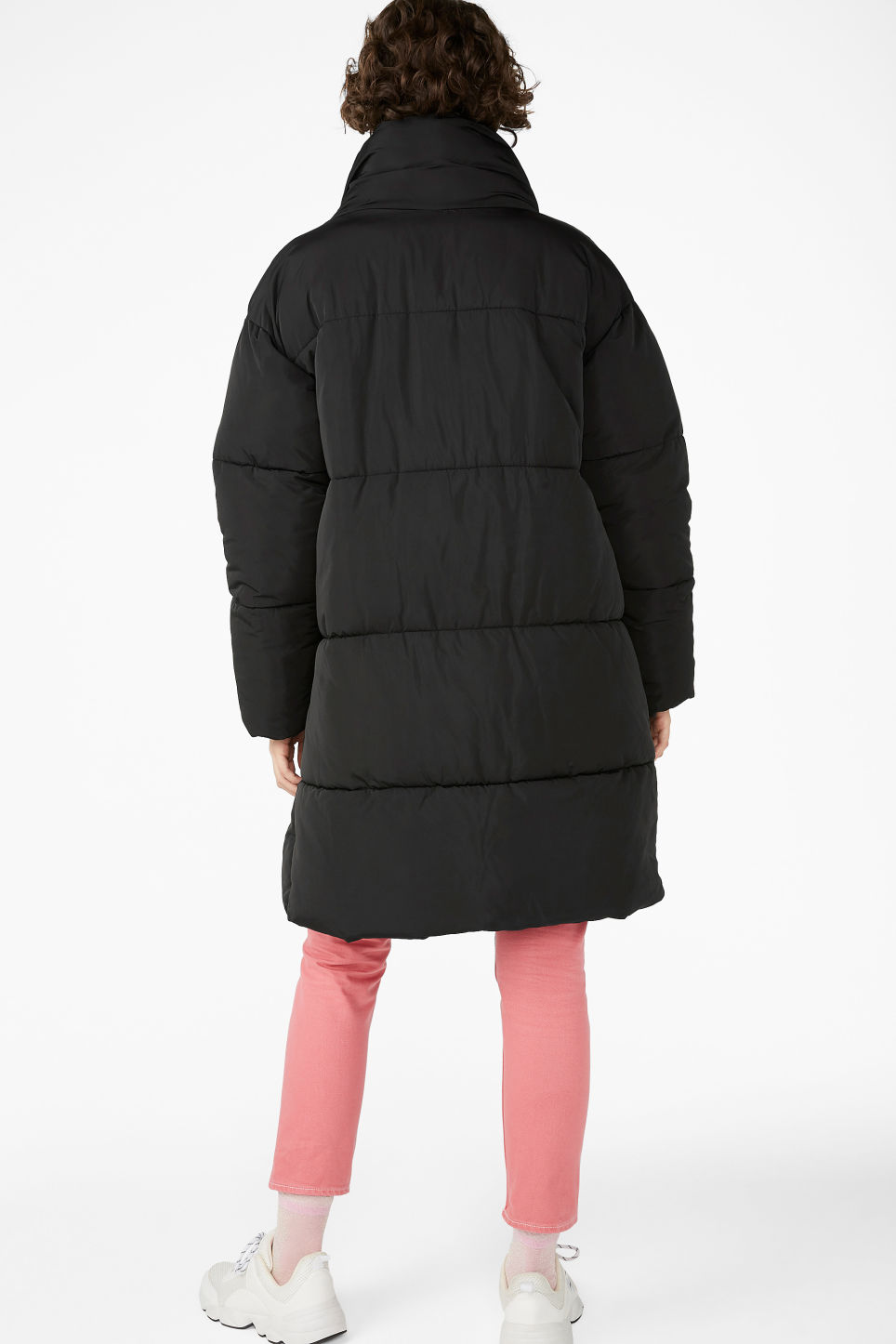 Model back image of Monki long puffer coat in black