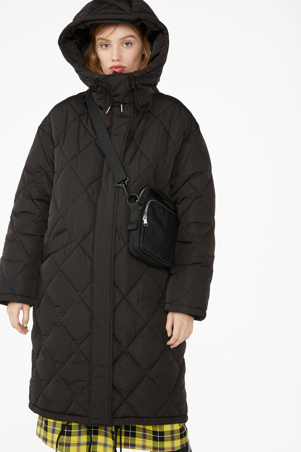 Model front image of Monki padded quilted long coat in black