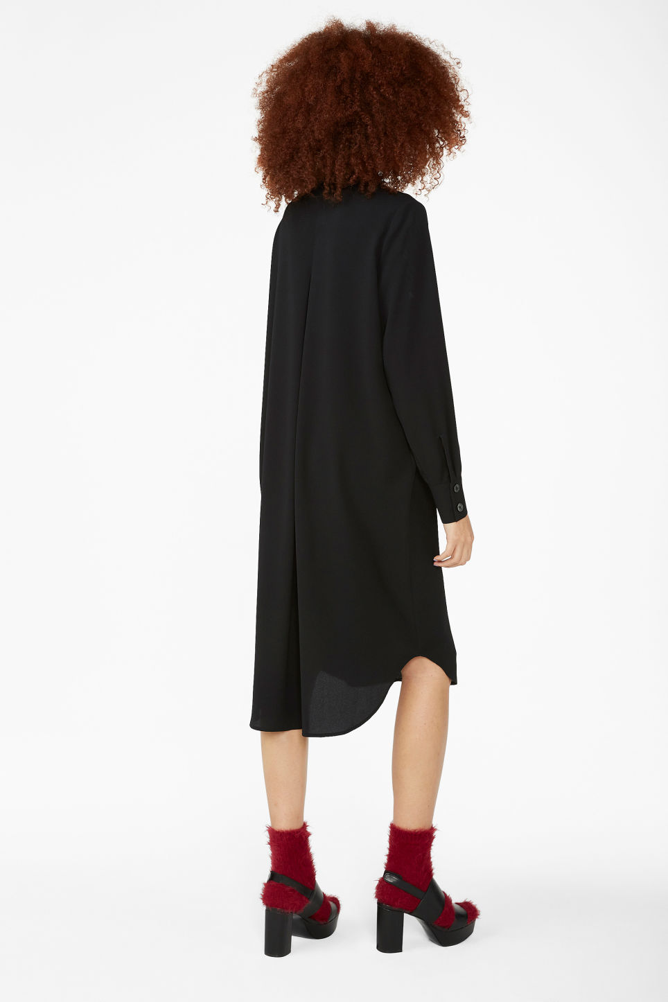 Model back image of Monki long-sleeved shirt dress in black