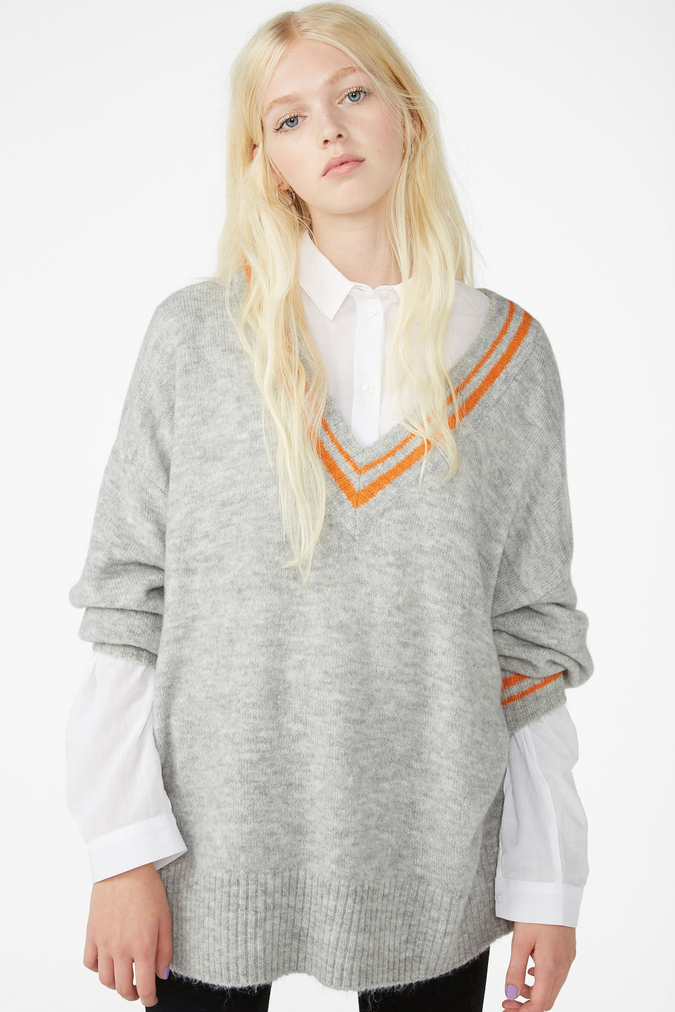 Model front image of Monki super-soft v-neck top in grey