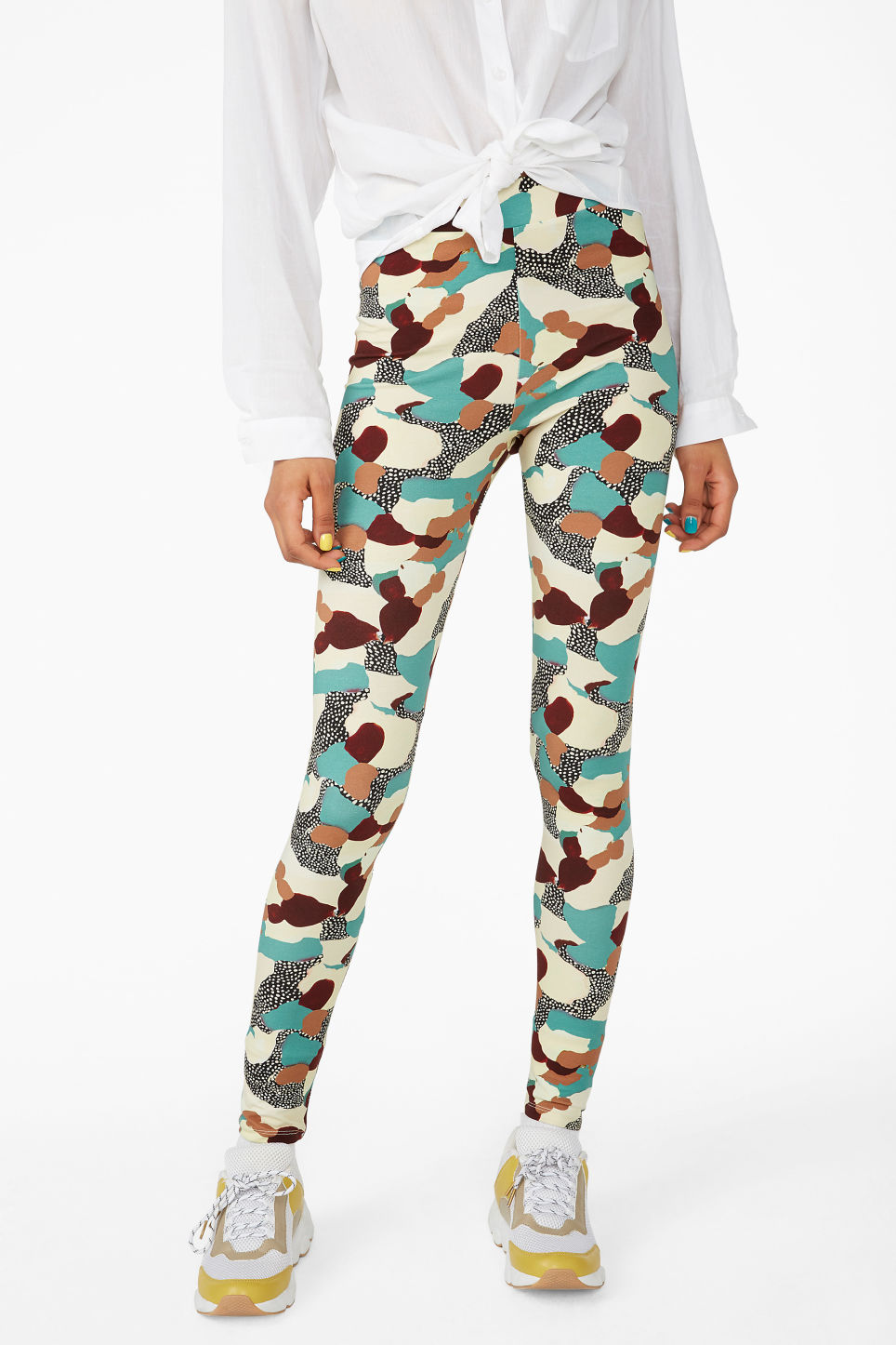 Model side image of Monki comfy leggings in turquoise
