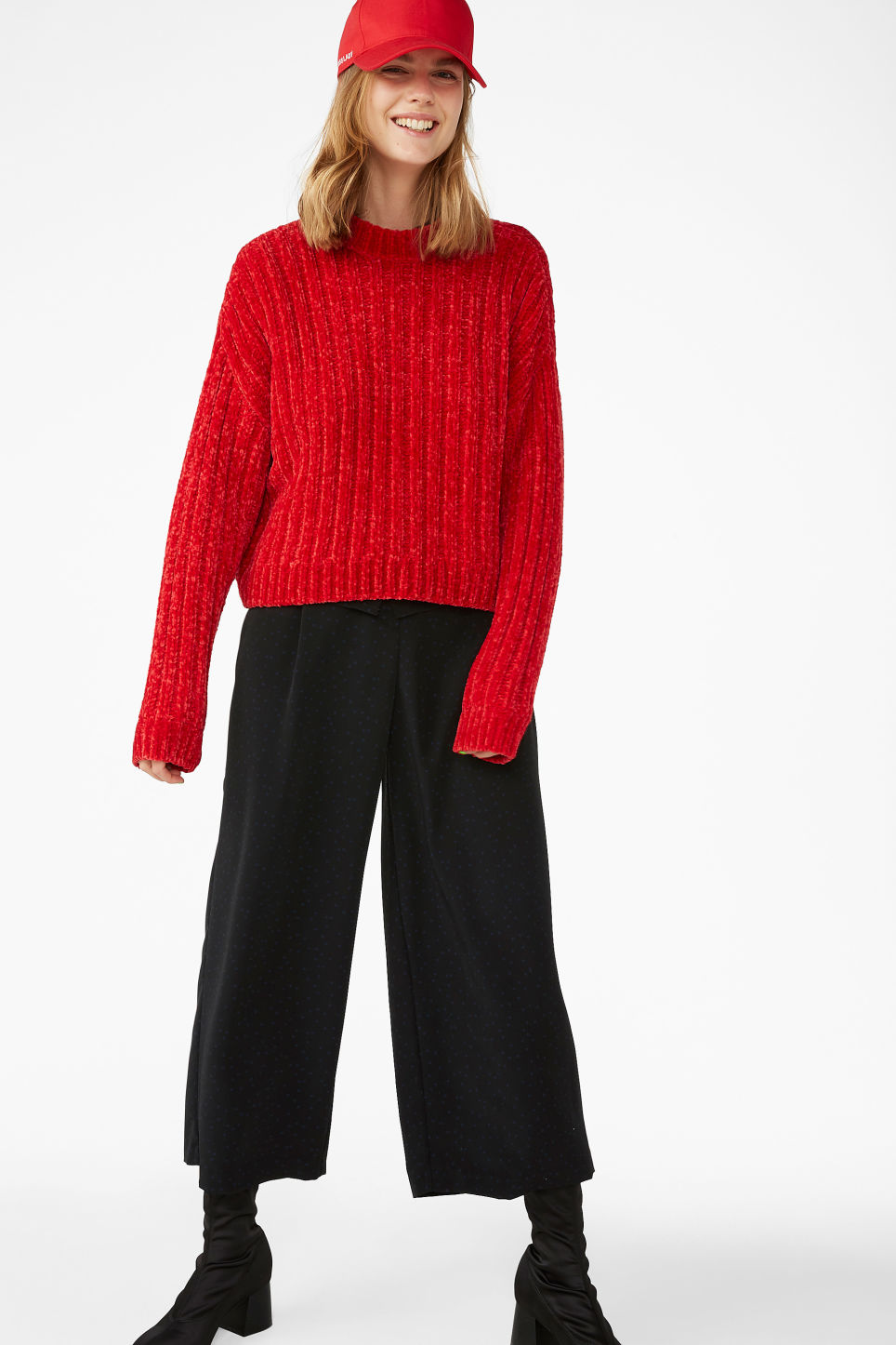 Model front image of Monki super-soft knit sweater in red