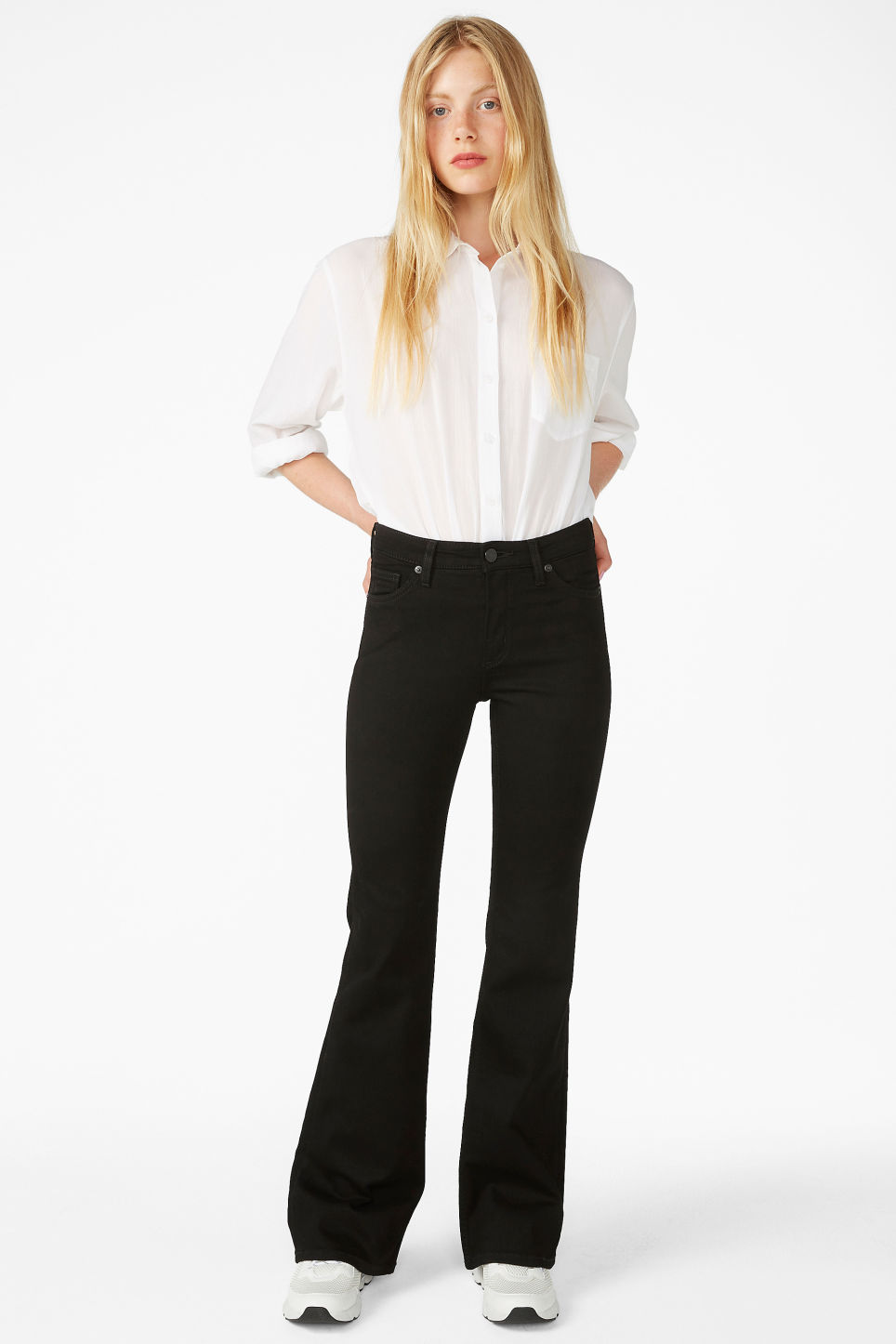 Model front image of Monki mocki flare jeans in black