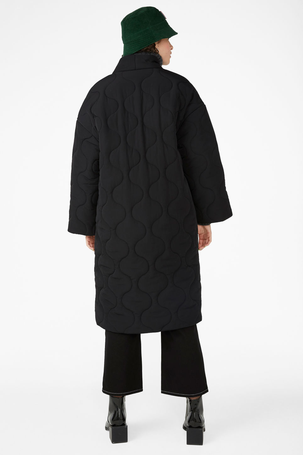 Model back image of Monki kimono style coat in black