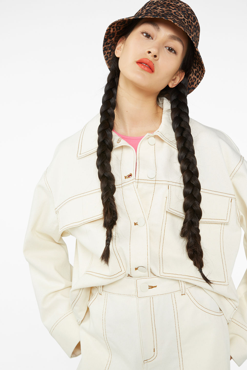 cc1db20e65f Cropped contrast stitch jacket - Cream white - Coats   Jackets - Monki