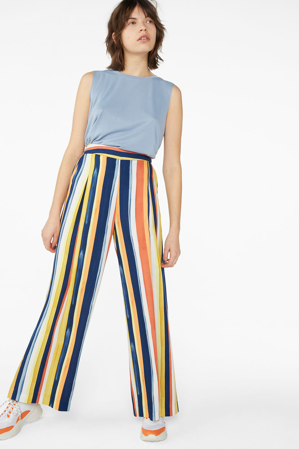 Model front image of Monki super wide leg pleated trousers in blue