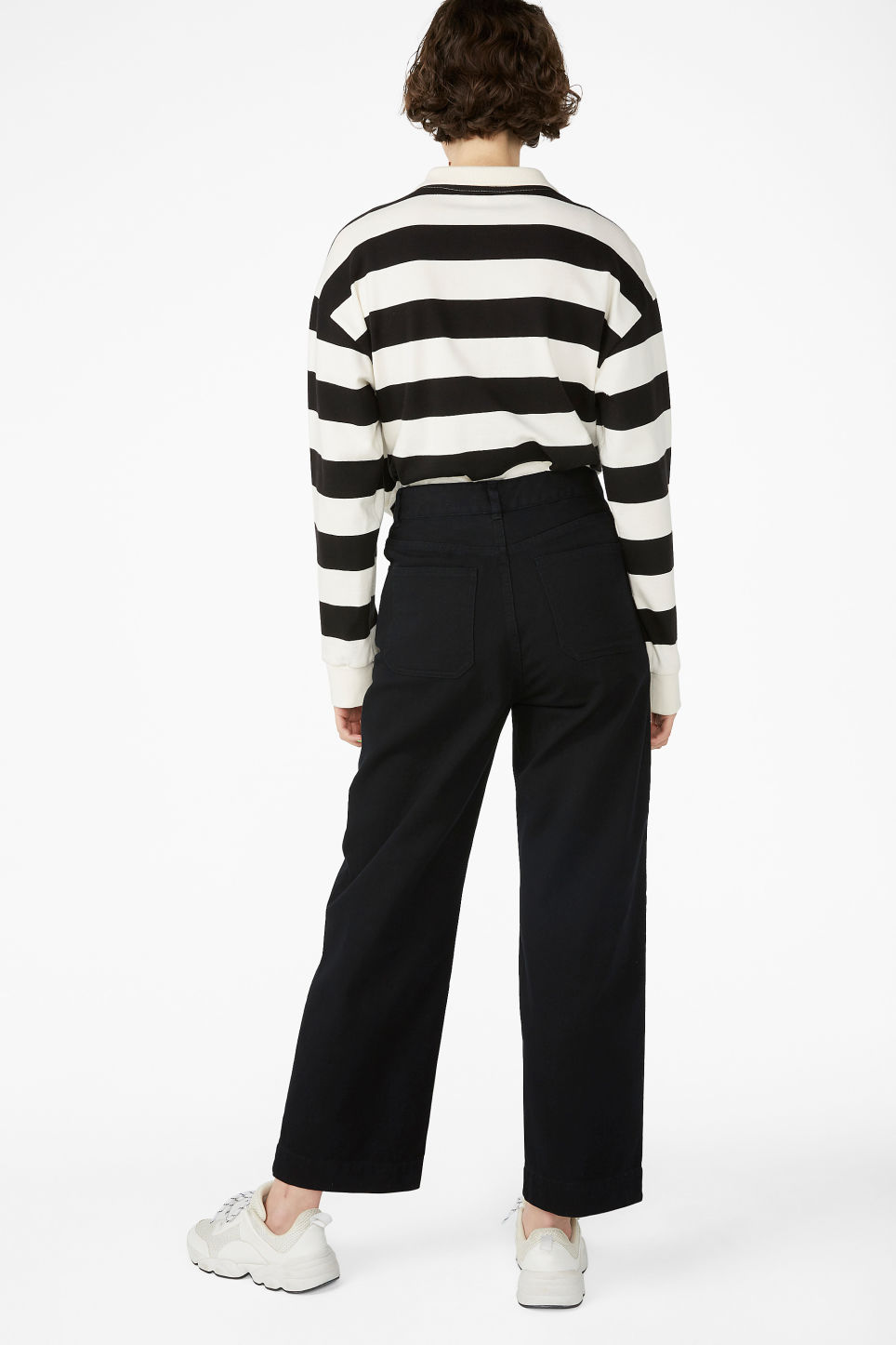 Model back image of Monki wide leg twill trousers in black
