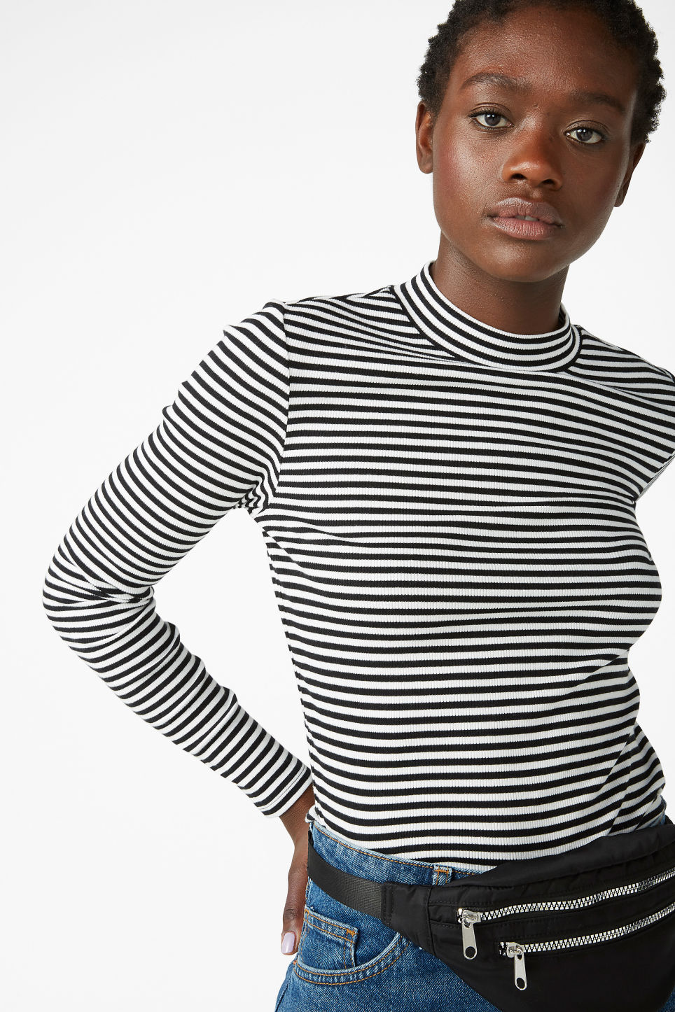 Model front image of Monki classic turtleneck in black