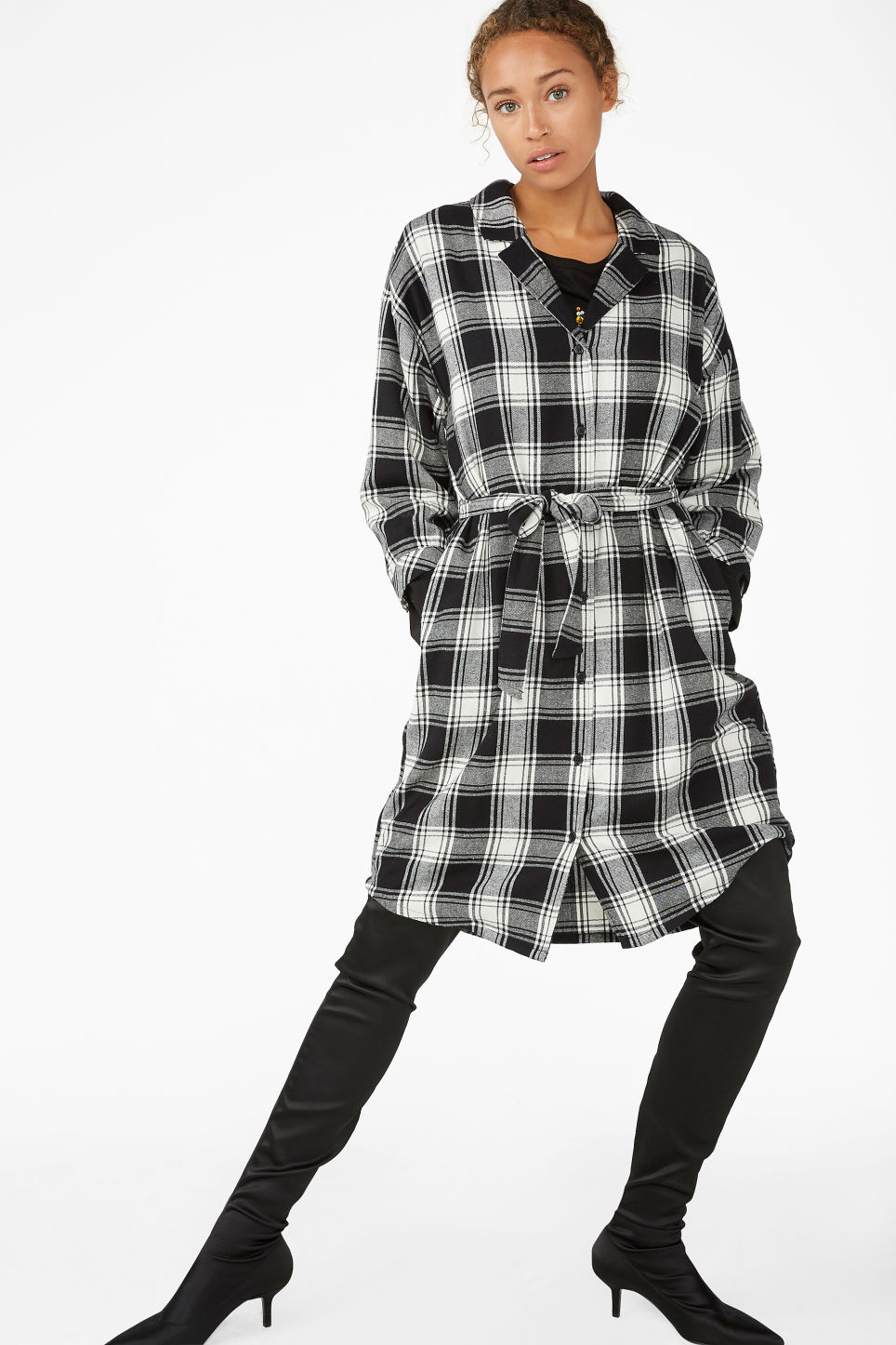 Model front image of Monki flannel shirt dress in black