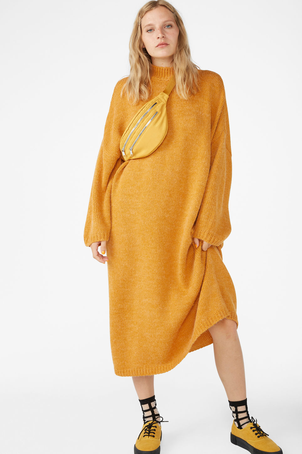 Model front image of Monki  in yellow