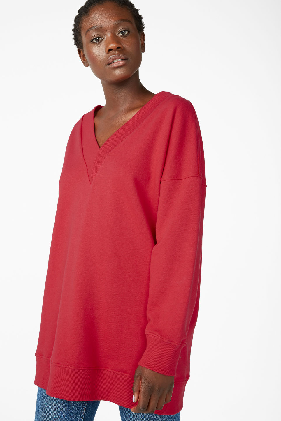 Model front image of Monki v-necked sweater in red