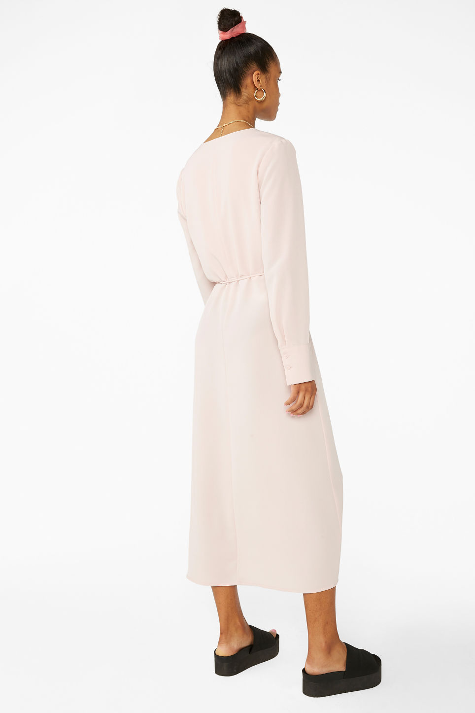 Model back image of Monki long wrap dress in pink
