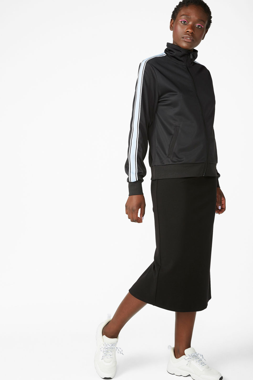 Model front image of Monki soft high-waisted skirt in black
