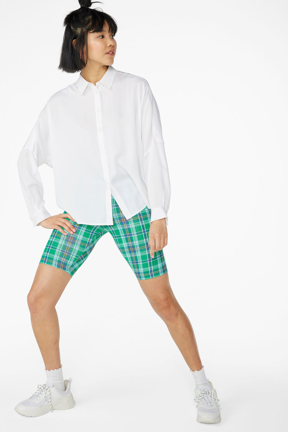 Model front image of Monki flowy button-up blouse in white