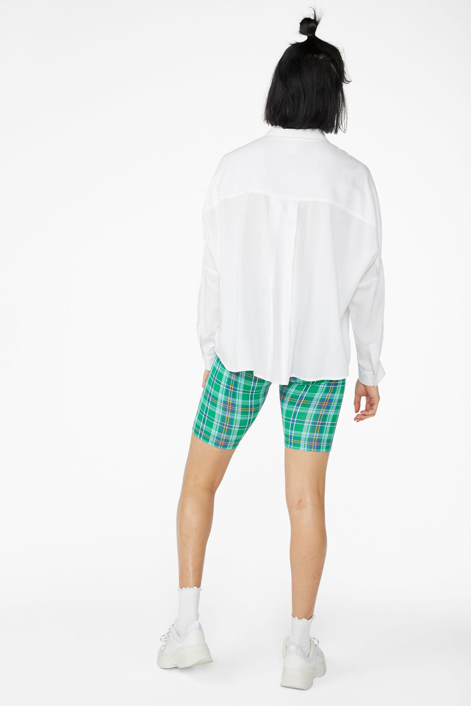 Model back image of Monki flowy button-up blouse in white