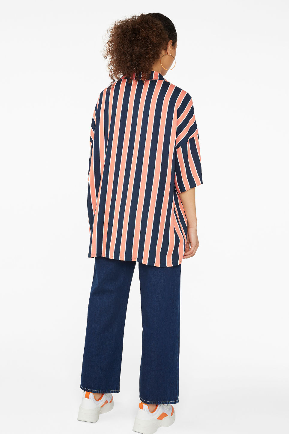 Model back image of Monki open collar blouse in blue