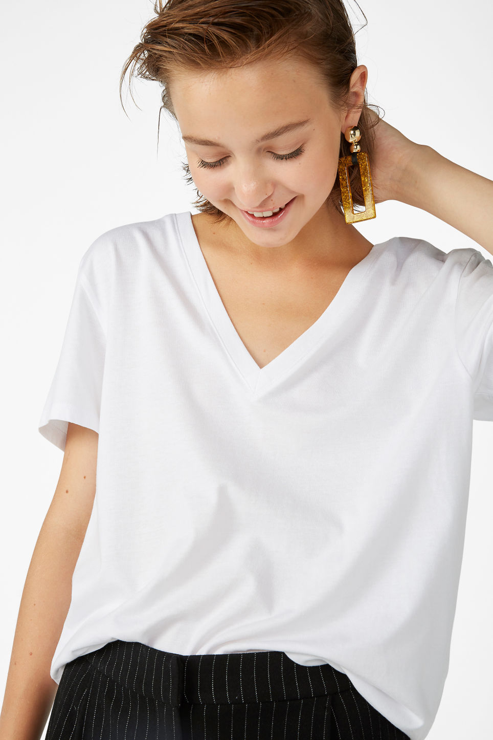 Model front image of Monki v-necked tee in white