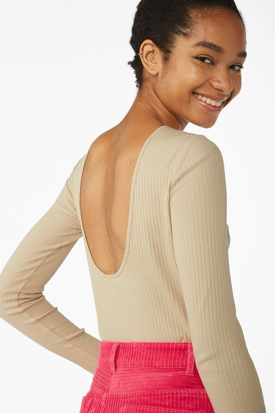 Model front image of Monki low-back top in beige